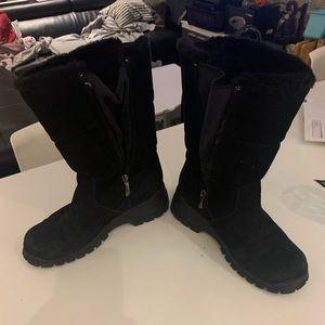 Khombu winter boots. Used.